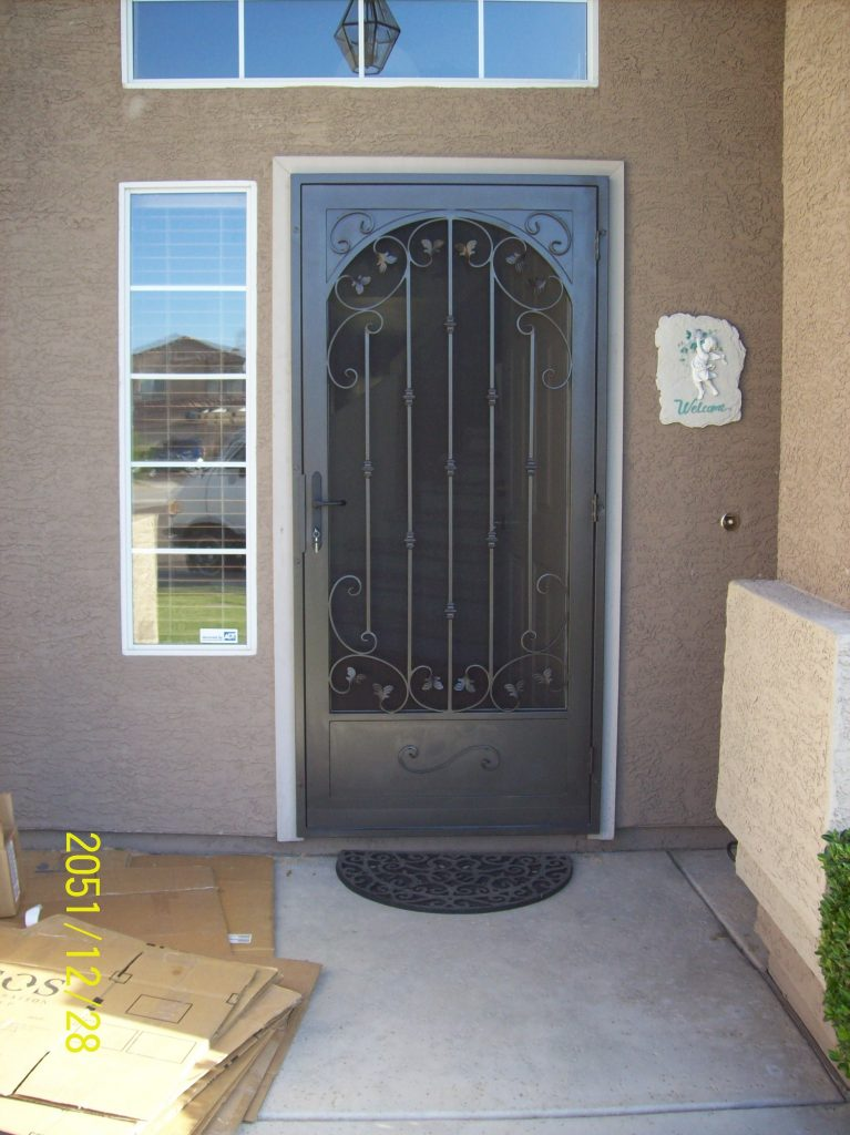 Tuscan Leaf With Faux Arch \u0026 Kick Plate : screan doors - pezcame.com